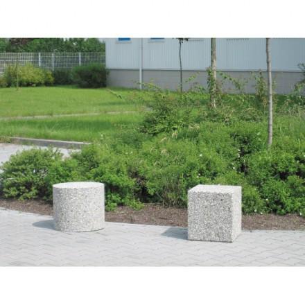 Kvadratna betonska prepreka